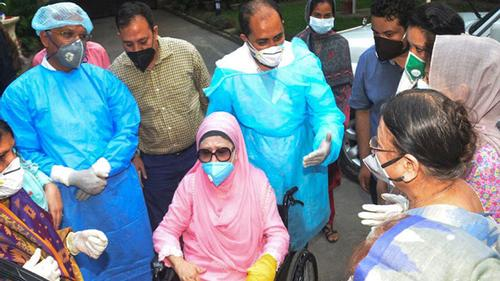 'Government is positive about Khaleda Zia's treatment in abroad'