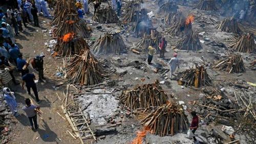 করোনা:৪ হাজার মৃত্যুর রেকর্ডও ছাড়িয়ে গেল ভারত
