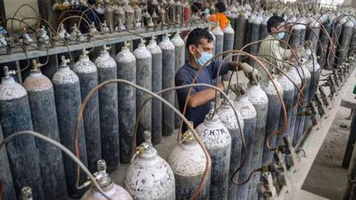11 Covid sufferers died in India lack of oxygen