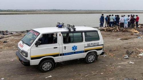 Floating bodies in the Ganges were thrown from ambulances