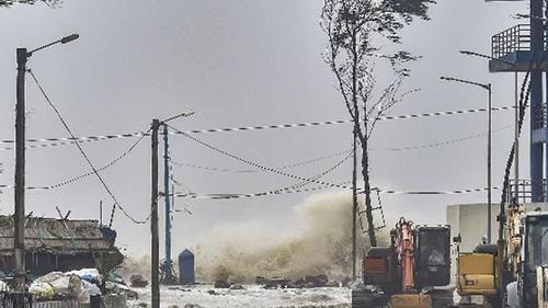 `Yaas' weakens after hitting North Odisha, Bengal