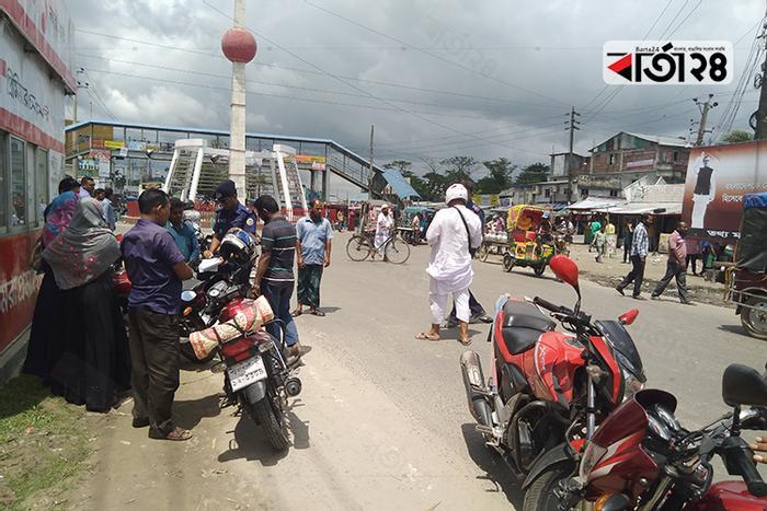 পটুয়াখালীতে ট্রাফিক পুলিশের অভিযান: ৬ দিনে ৮৪৪ মামলা