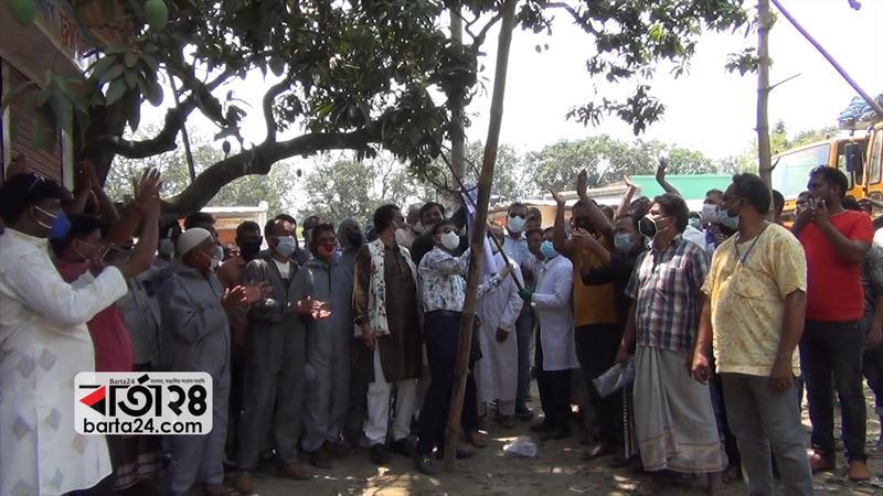 চাঁপাইনবাবগঞ্জে আম পাড়া শুরু, স্বাস্থ্যবিধি মেনে বাজারজাত