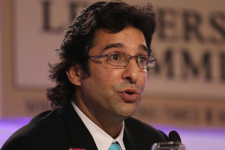পাকিস্তানের কিংবদন্তি ক্রিকেটার ওয়াসিম আকরাম
