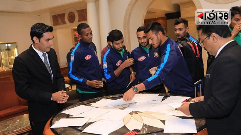 Bangladesh Team reaches Rajkot from Delhi