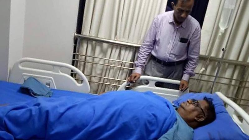 জাতীয় পার্টির নেতা অধ্যাপক দেলোয়ার হোসেন খান অসুস্থ হয়ে হাসপাতালে ভর্তি