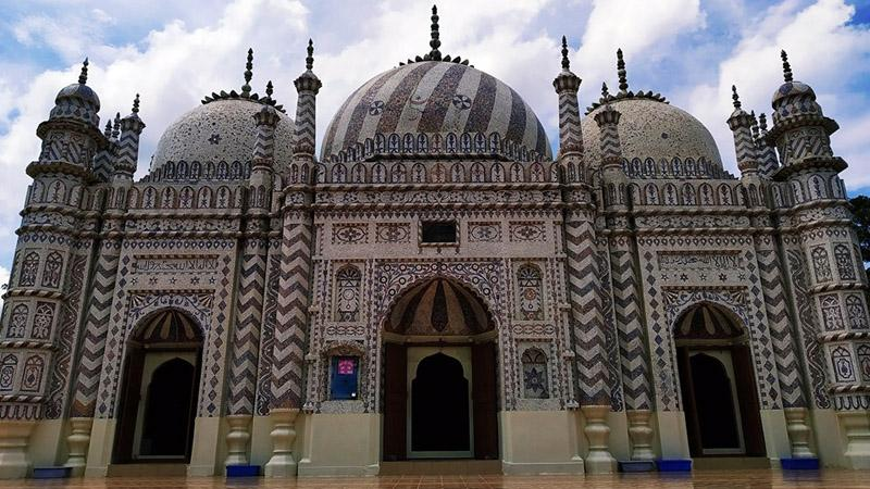 ১৮শ শতাব্দীতে নির্মিত বজরা শাহী মসজিদ