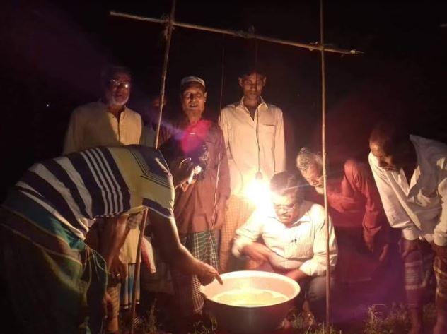 আলোক ফাঁদ স্থাপন করা হচ্ছে, ছবি: বার্তাটোয়েন্টিফোর.কম