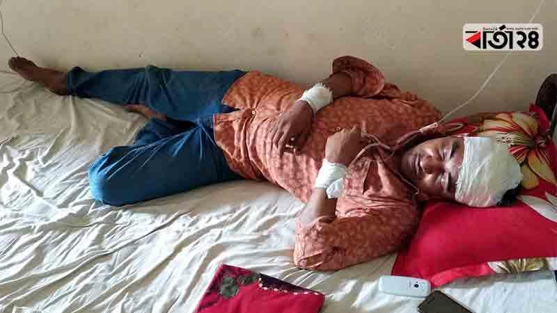 আহত ইয়াসির আরাফাত রাজু। ছবি: বার্তাটোয়েন্টিফোর.কম
