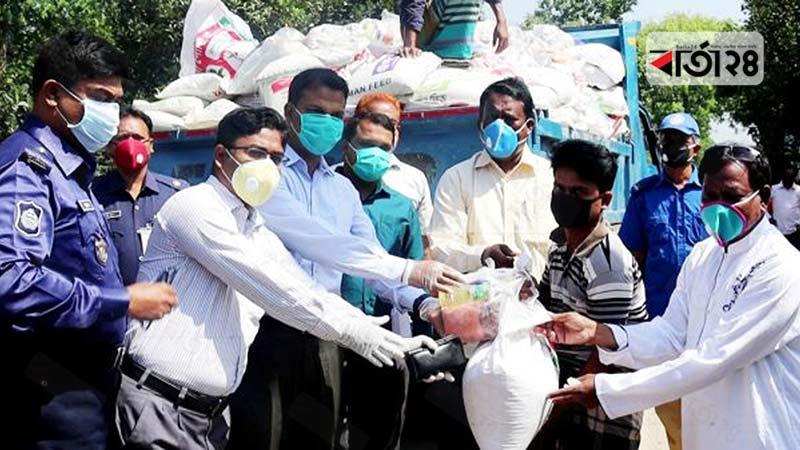 কোটালীপাড়ায় ৫শ' চা বিক্রেতা পেল খাদ্য সহায়তা