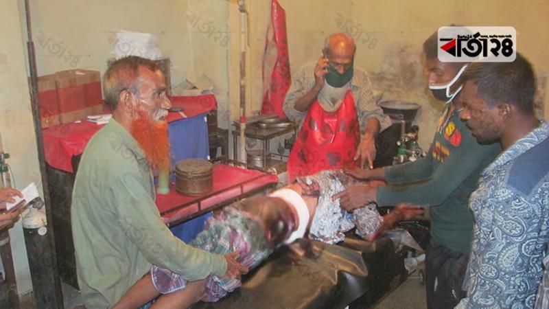 কুপিয়ে হত্যা করা হয়েছে এক বালু ব্যবসায়ীকে
