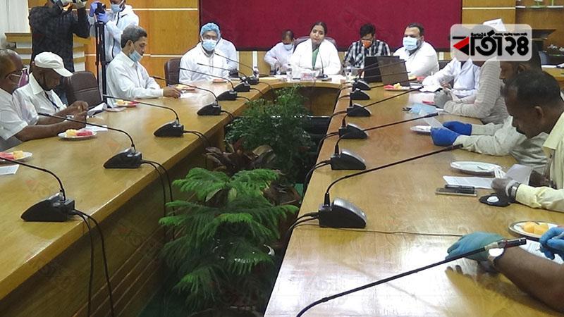 গোপালগঞ্জ জেলা প্রশাসকের কার্যালয়ে সংবাদ সম্মেলন