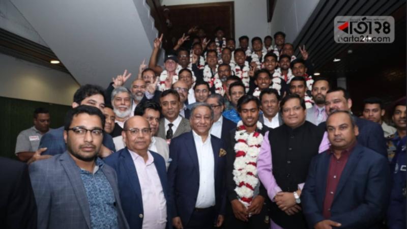 U-19 heroes reaches Mirpur