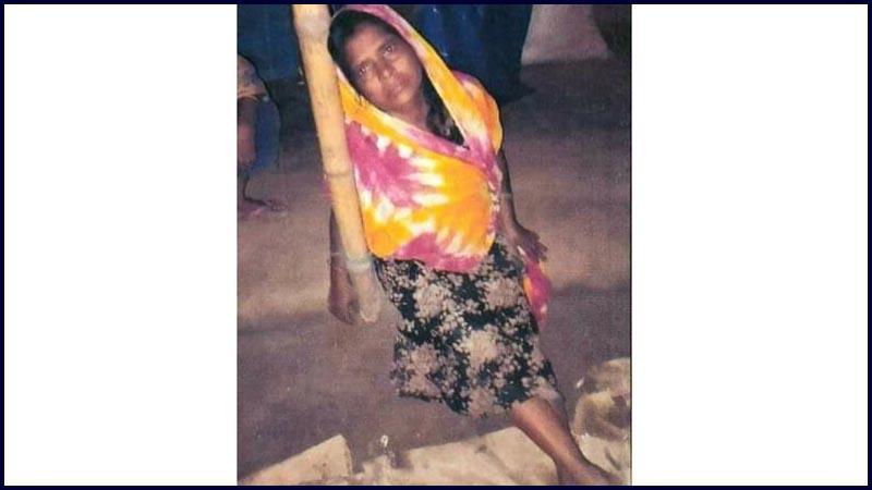 রংপুরে নারীকে খুঁটিতে বেঁধে নির্যাতন