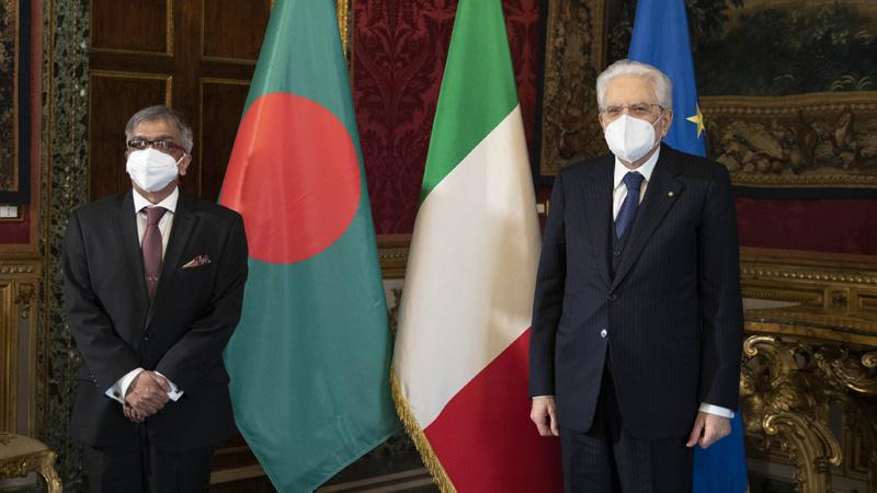 নবনিযুক্ত বাংলাদেশের রাষ্ট্রদূত মো. শামীম আহসান ইতালির রাষ্ট্রপতি সের্জিও মাত্তারেল্লার কাছে পরিচয় পত্র পেশ করেছেন